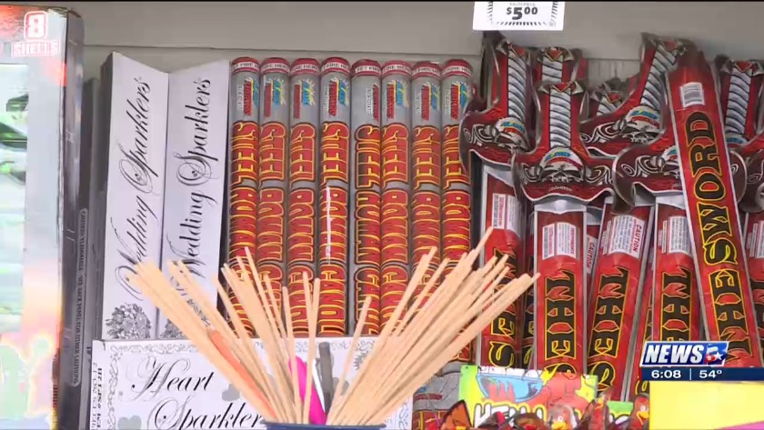 local stand sells last minute fireworks ahead of new year s eve