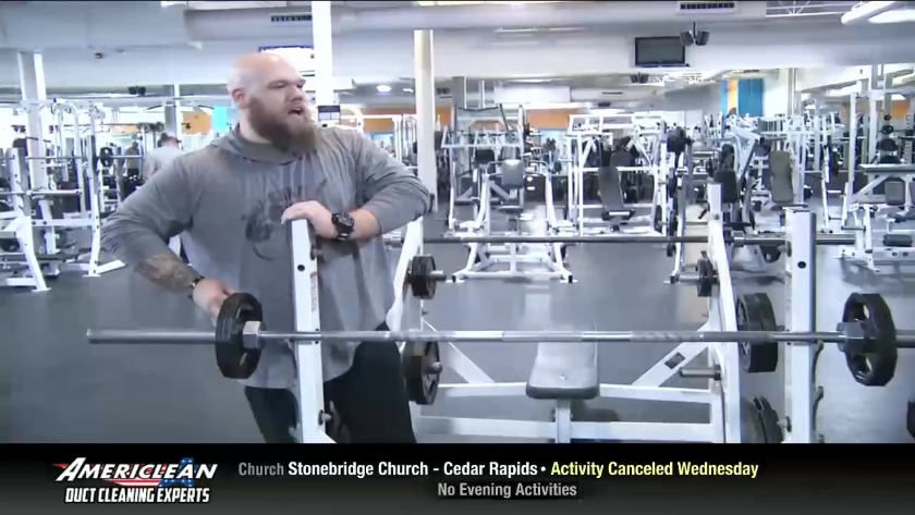 Nate Yelton sets new national squat record