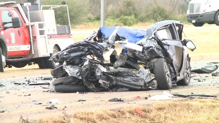 One dead and another injured in three vehicle collision on I-35