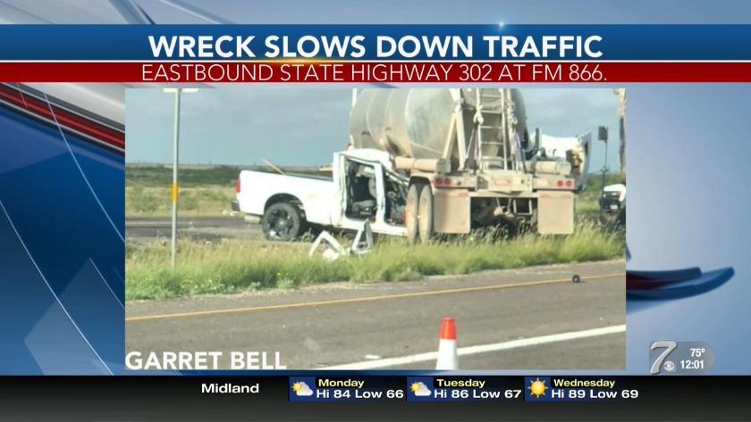 DPS investigating major crash on Highway 302