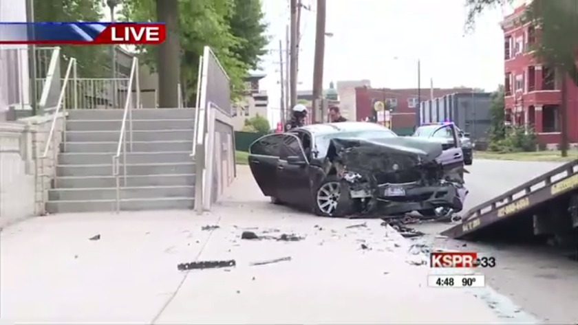 Police pursuit ends in violent crash in downtown Springfield