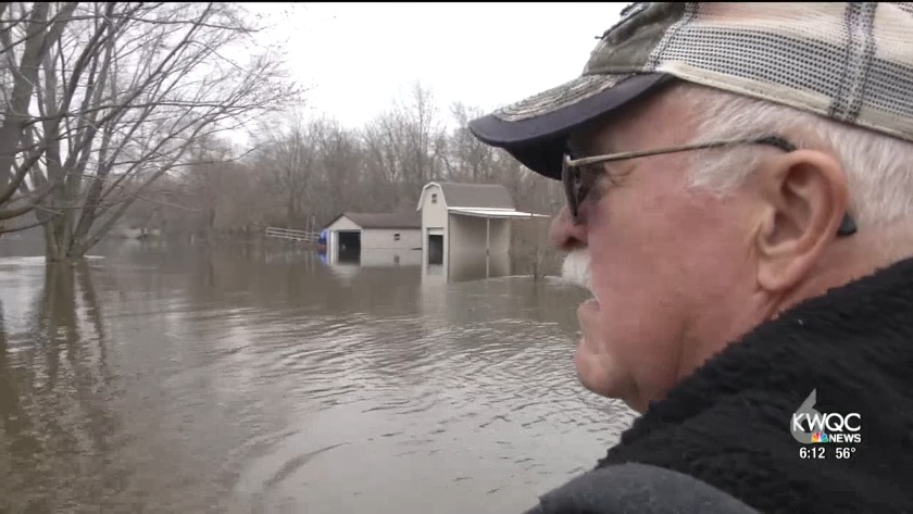 Couple comes home to flooding in Albany