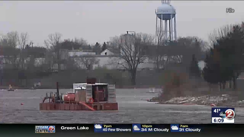 9dc83381b73e2 WATCH  Fox River cleanup gets watershed award