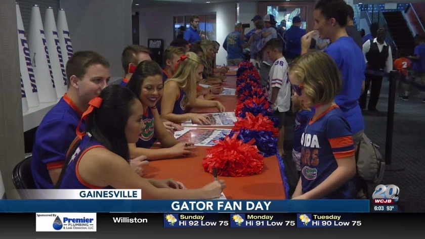 Hundreds attend Gator Fan Day at O'Connell Center
