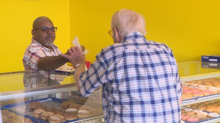Paradise Donuts opens in North Topeka