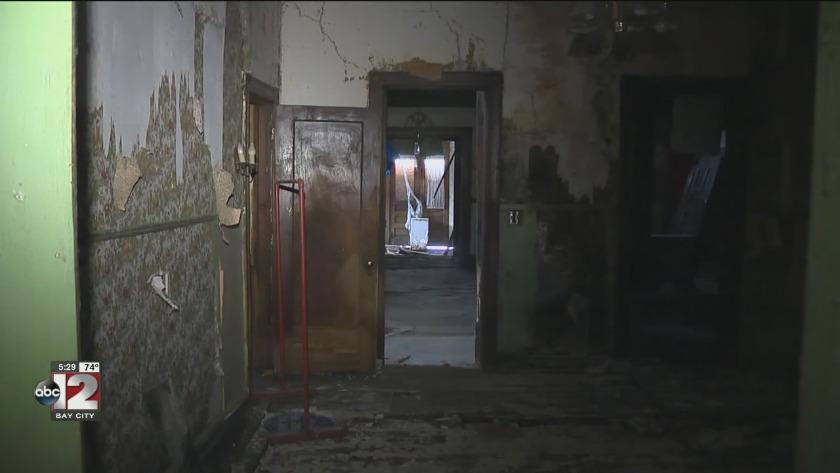 Restoration begins on Saginaw's 'Cat Lady House'