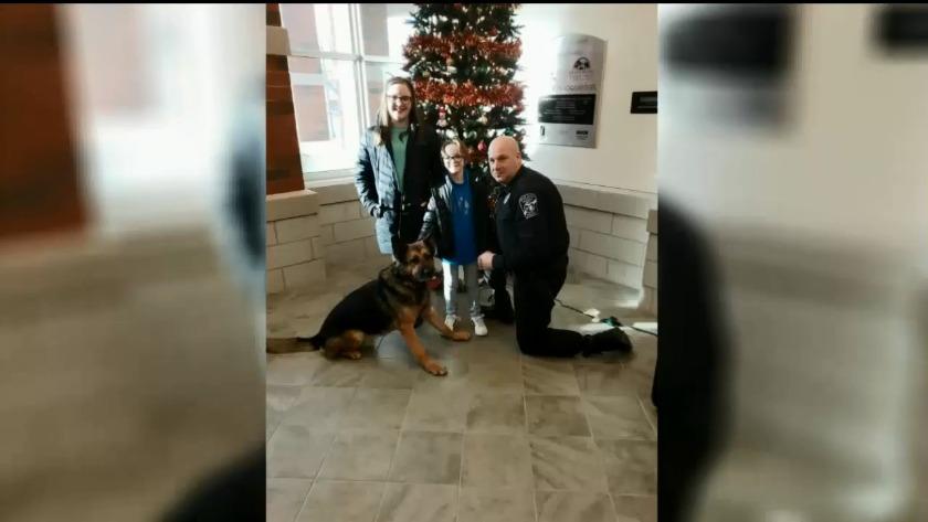 Young Mid Michigan Girl Donates Christmas Money To K 9 Unit