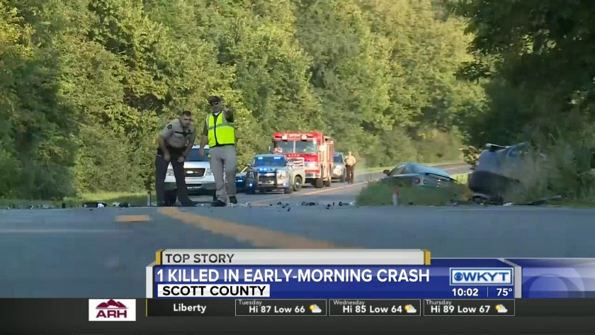 WATCH Road closed after 1 killed in Scott County crash