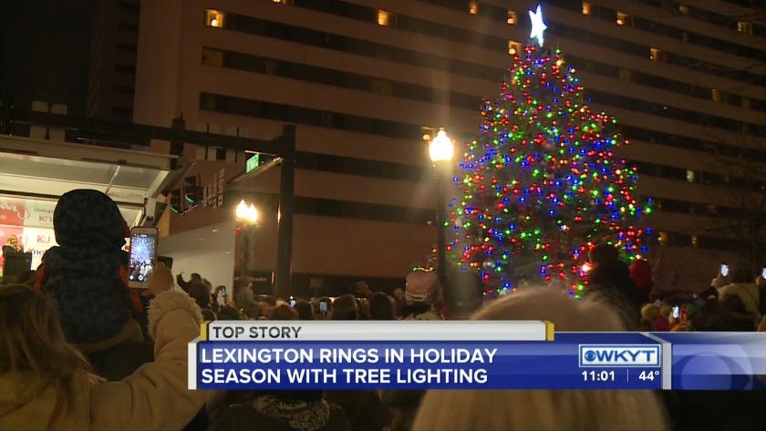 Lexington Michigan Christmas Tree Lighting 2020 Lexington rings in holiday season with tree lighting