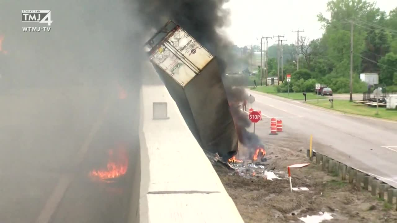 Worst accident:' 2 killed, 2 hurt in crash, fire that shut down I-41
