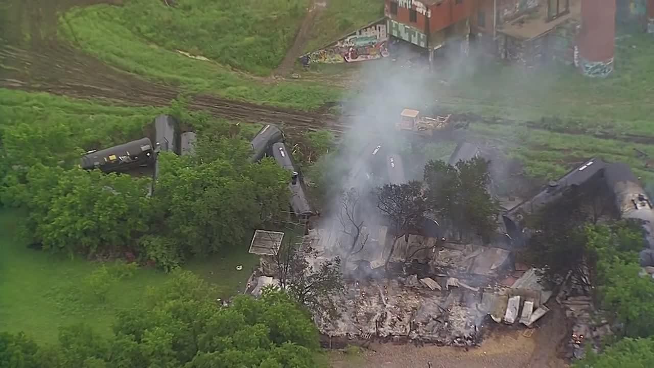 UP train derailment in Fort Worth