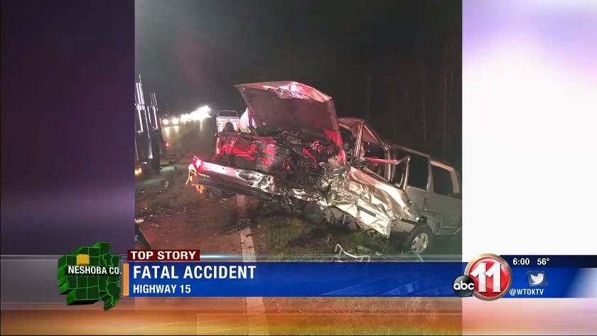 1 dead, 4 injured in Neshoba County crash