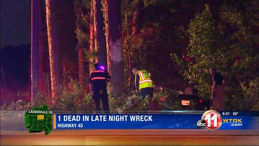 Person killed in Friday night wreck