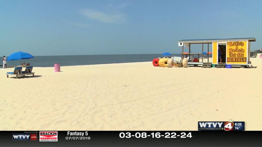 All Mississippi Gulf Coast beaches close as bacteria spread