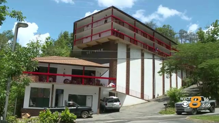 Gatlinburg Motels Residents Removed Left In Dark