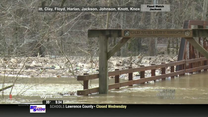 Officials prepare for more rain along Eastern Kentucky rivers